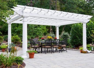 A pergola perfect for outdoor dining