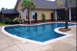 T-Shape Concrete Pool