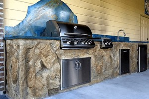 Outdoor Kitchen