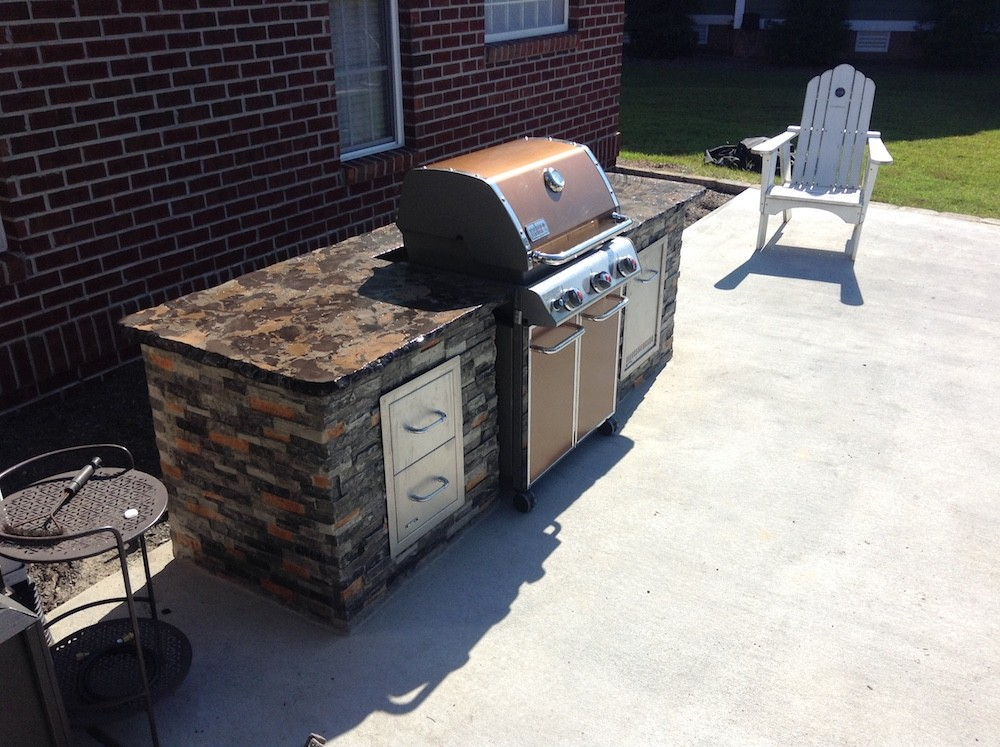 8′ Outdoor Kitchen
