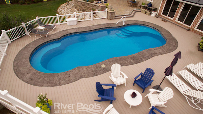 Crescent Cove –  Fiberglass Pool