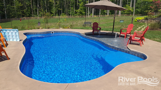 Oasis – Fiberglass Pool
