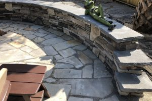 Sitting Wall w/ Tennessee Bluestone Cap