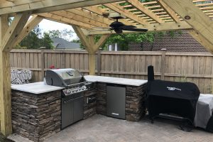 Outdoor Kitchen / Pergola